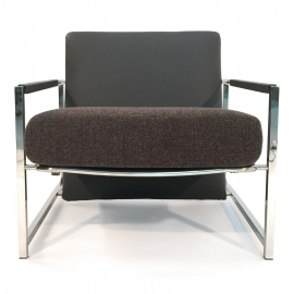 CA-CA  LOUNGE CHAIR