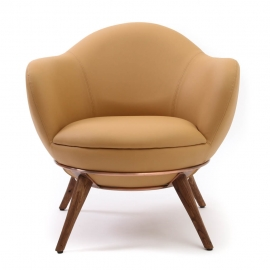 GUI-GUI LOUNGE CHAIR