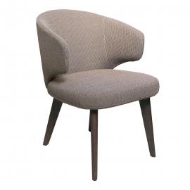 UN-UN Chair