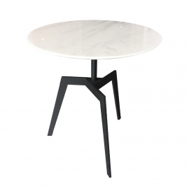 KWAN-KWAN Side Table